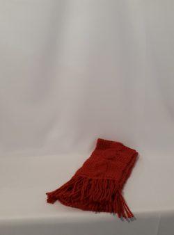 kurzer schmaler Schal